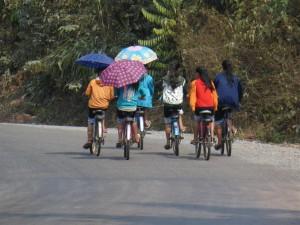 Schoolmeisjes in Laos